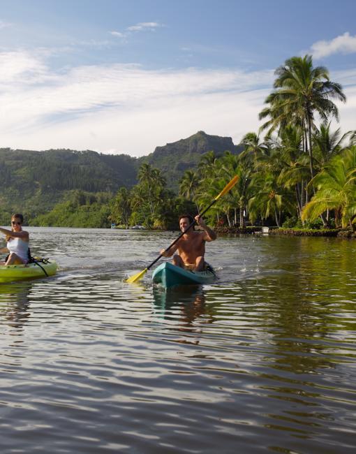 thumbnail_Kauai-Kayaking on Wailua River.jpg