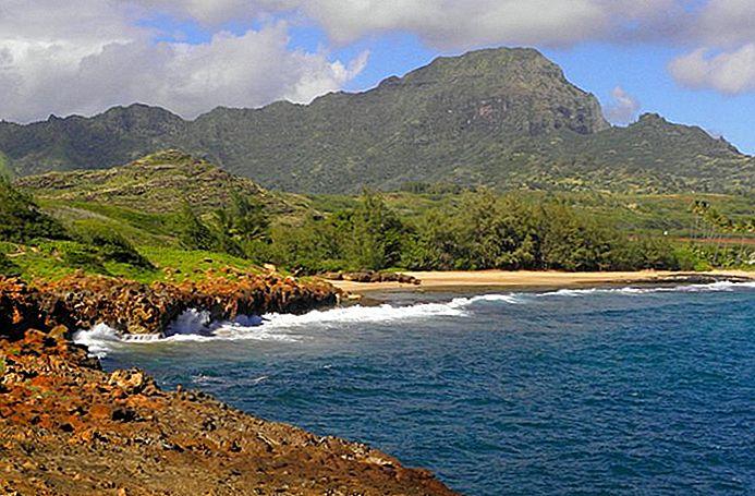 thumbnail_9-top-rated-tourist-attractions-on-kauai-9 Poipu.jpg