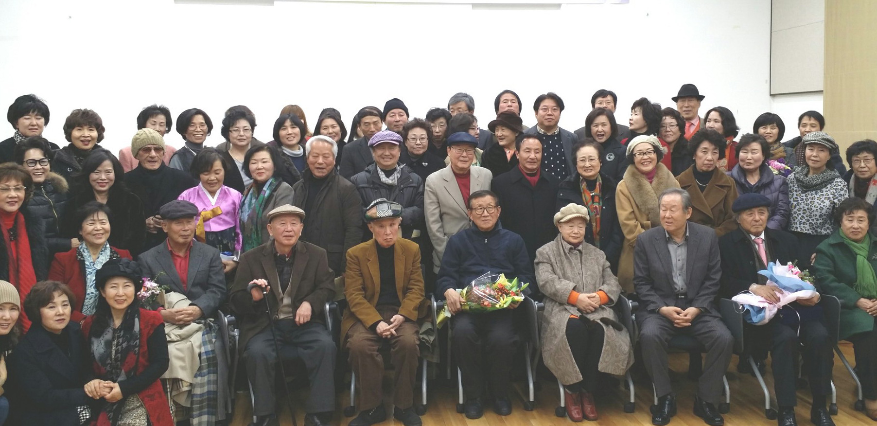 2014년 시인들이 뽑는 시인상  유봉희 시인 수상