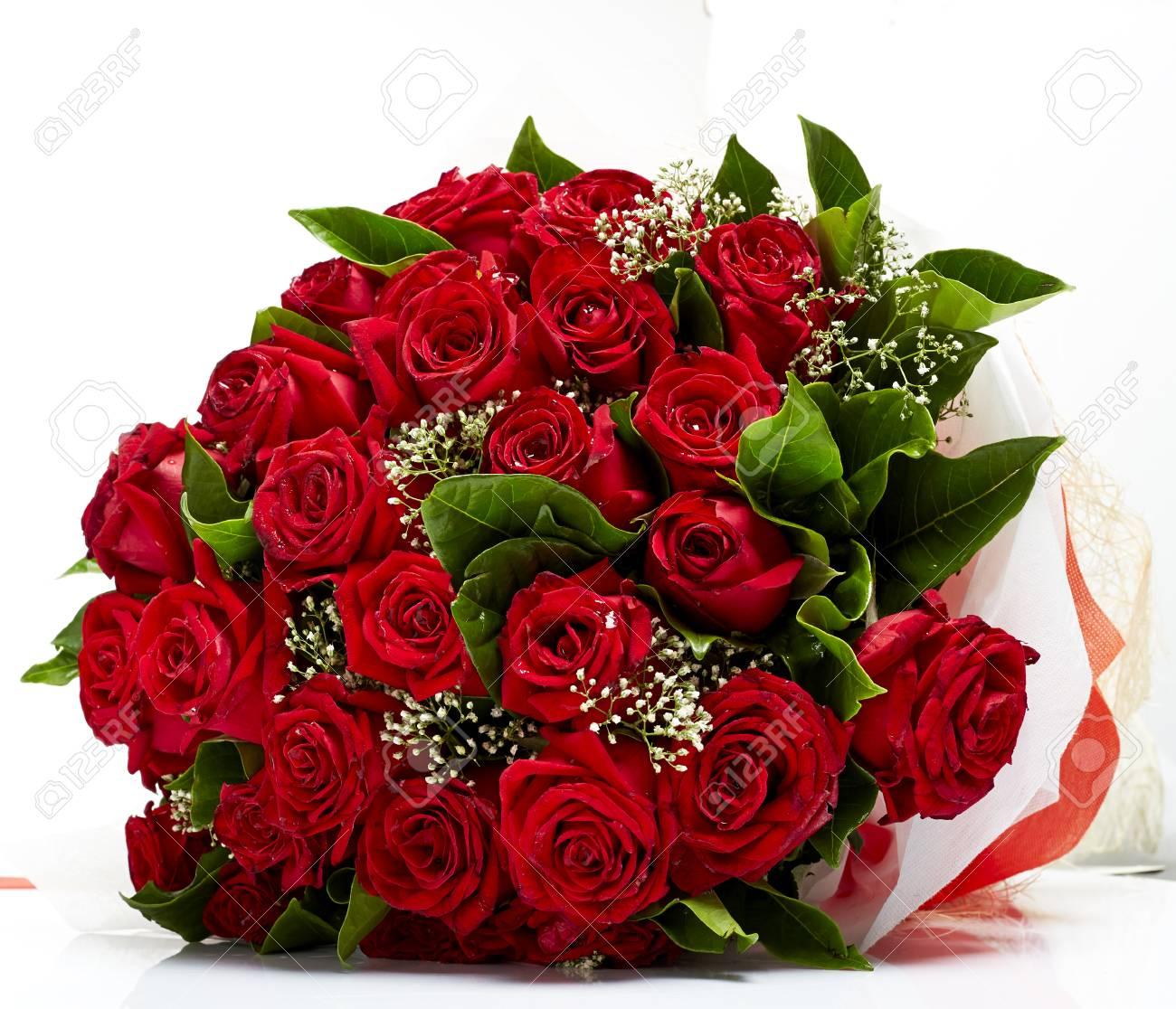38982211-빨간-장미-꽃다발.jpg