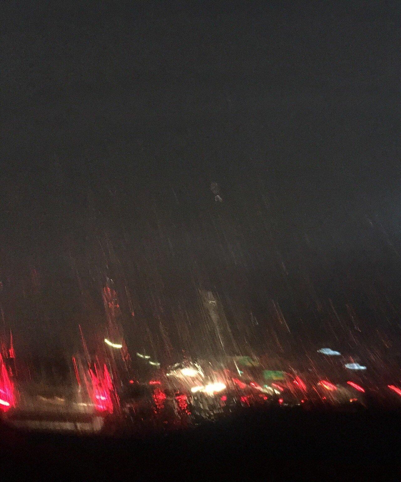 첫 비 오시는 날.jpg